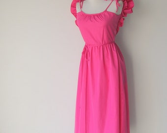Vintage 1980s Fuchsia Pink Sun Dress with Optional Ruffle Small by  House of Bianchi