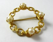 Pearl Brooch, Gold Brooch w/ Ivory Pearls Gold Brooch, Small Pearls, Small Ring Brooch, Stocking Stuffer, Small Brooch, Pearl Ring Brooch
