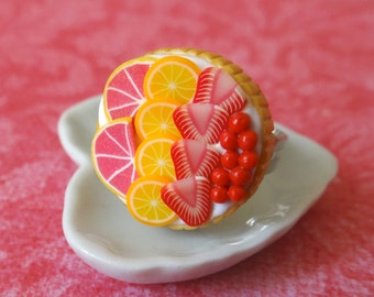 Pink fruit tart ring