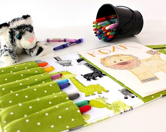 Giraffes Crayon Artist Case, Ready to ship, Crayon bag, Travel toy, Activity toy, Crayon holder, Kids art wallet, Crayons and pad included