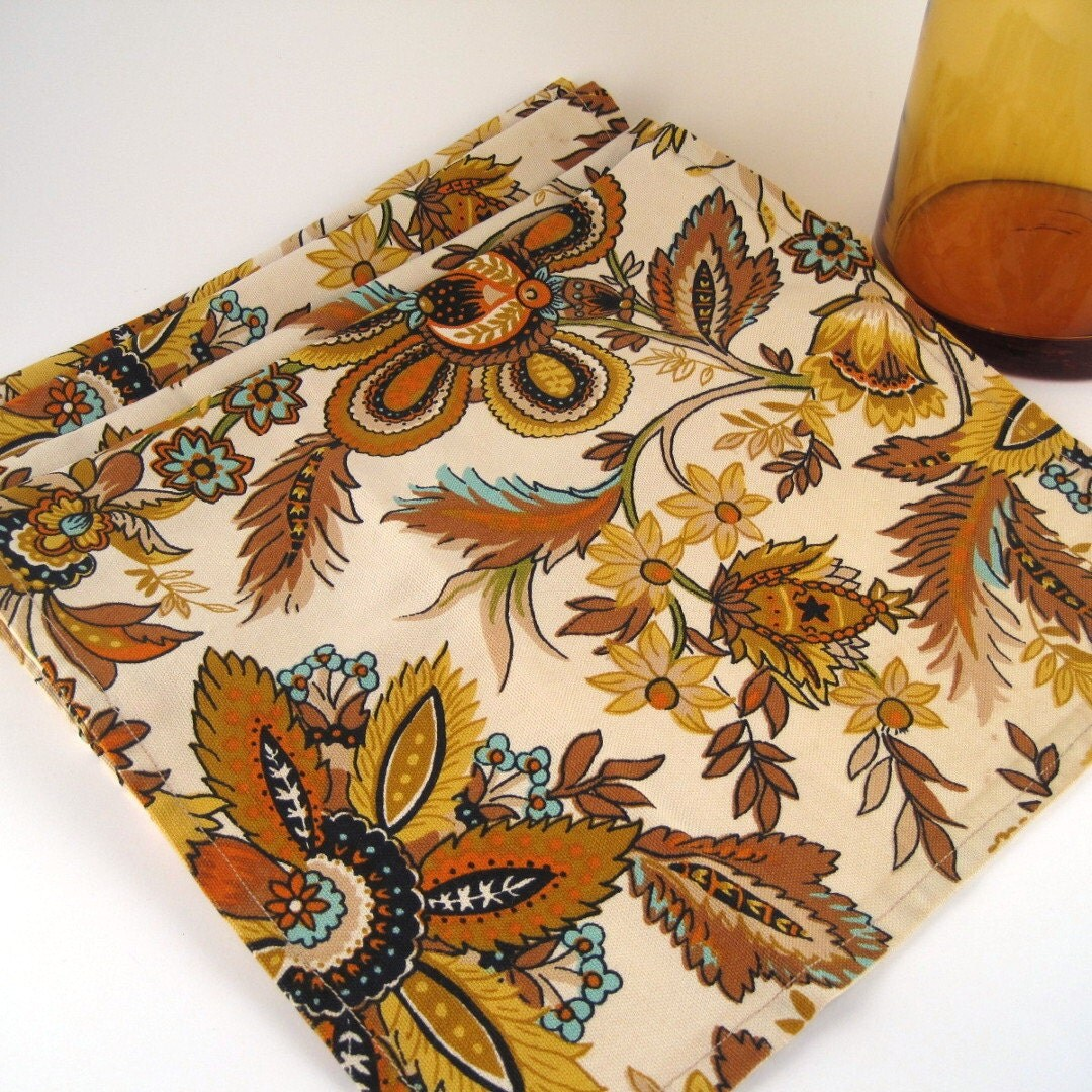 Decorating Ideas > Vintage Table Runner Thanksgiving Decor By StrychnineVintage ~ 080207_Thanksgiving Vintage Decorations