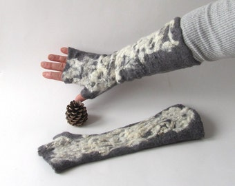 Fingerless gloves Felted Mittens wool fingerless gloves  Grey  White Black Cozy winter Gloves wool arm warmer