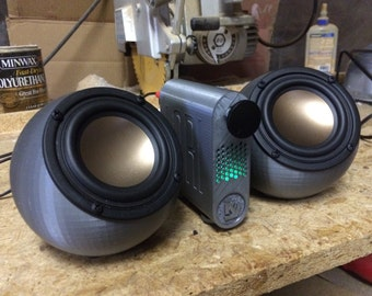 3D printed ikyaudio soundspheres - with Bluetooth - you choose the color