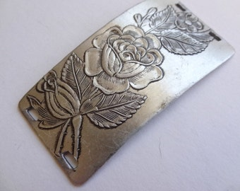 Etched Flower and Berry Metal Vintage Jewelry Destash Finding. Connector. Aluminum.  SmallRight2