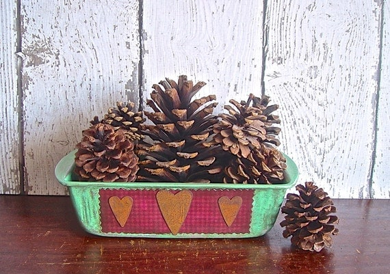 Rustic Country Primitive Upcycled Vintage Bread Tin Home Decor