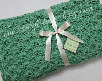 Crochet baby blanket- Baby boy blanket- Baby girl blanket- Crib size Sage Green Shells baby blanket - Unisex baby shower gift-Unisex blanket