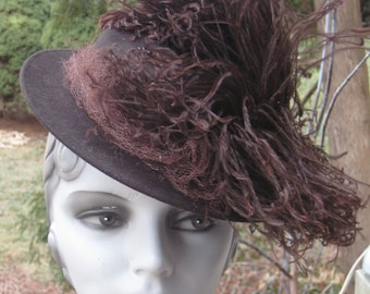 Fab Vintage 1930s 1940s Tilt Chocolate Brown  Hat With Feather Plume