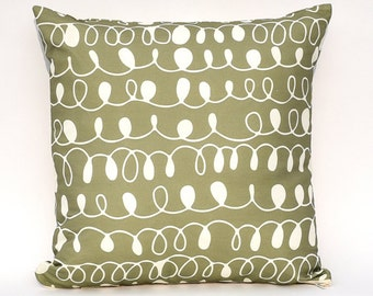 Pesto & Garlic Squiggles Throw Pillow Cover : Decorative Cushion Cover