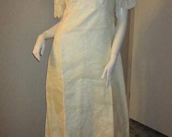 Vintage 1960's  Wedding Gown