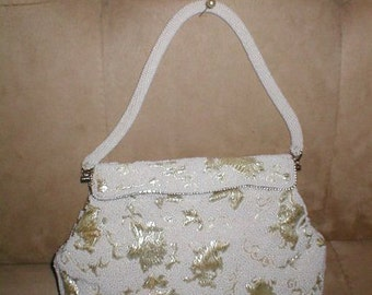 Vintage off-white Beaded latch-top Evening Bag Purse