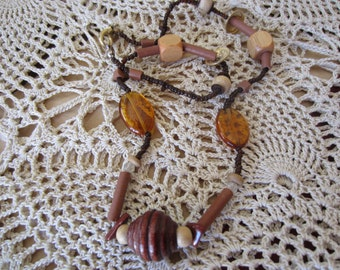 Shades of Brown Wooden and Amber Beaded Vintage Necklace