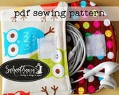 Easy wallet - 3 sizes - earbud, iPhone iPod 4, 5, cash, iphone 6 plus pouch case sewing pattern - great for beginners - PDF INSTANT DOWNLOAD