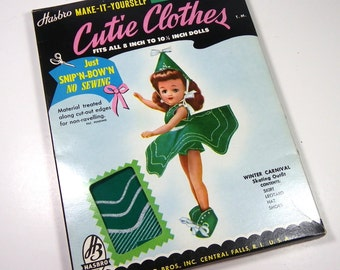 CUTIE CLOTHES, Hasbro, 1950's, Winter Carnival Outfit, #5C59, Vintage No-Sew Doll Clothes