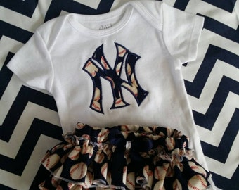 Baby girl New York Yankee outfit/ Yankee fan/New York Yankees/baseball outfit