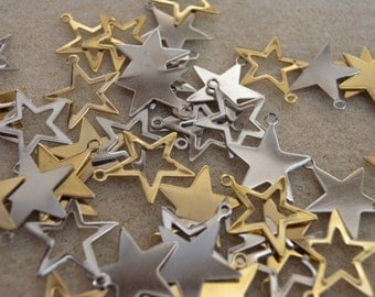 48 Pieces Silver Plated Star Charm Assortment