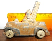 Manoil anti aircraft gunner,, toy truck, military truck,, cast toy, , lead toy, manol, Barclay, Hubley