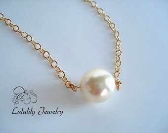 Solitaire Pearl Necklace, Minimalist, June Birthstone, Bridal.,Gold, Handmade Jewelry