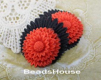 30%off 364-CA   2 pcs Beautiful Chrysanthemum Cabochon - Red on Black