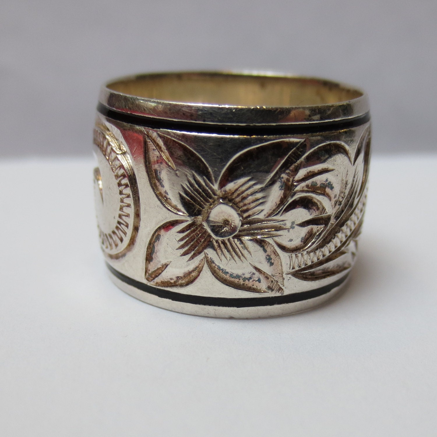 HAWAIIAN WIDE WEDDING Ring Hand Engraved Enamel