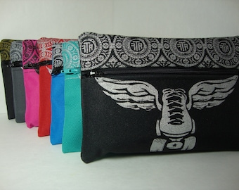FTR front or top  loading Winged Skate Hip Bag (aka. Fanny pack) with removable belt.