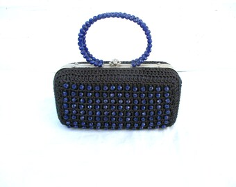 Vintage Clutch Blue Purse Beaded Handbag Crochet Hard Cover Bag Purse with Top Handle Faceted Blue Beads Retro Purse 50s 60s
