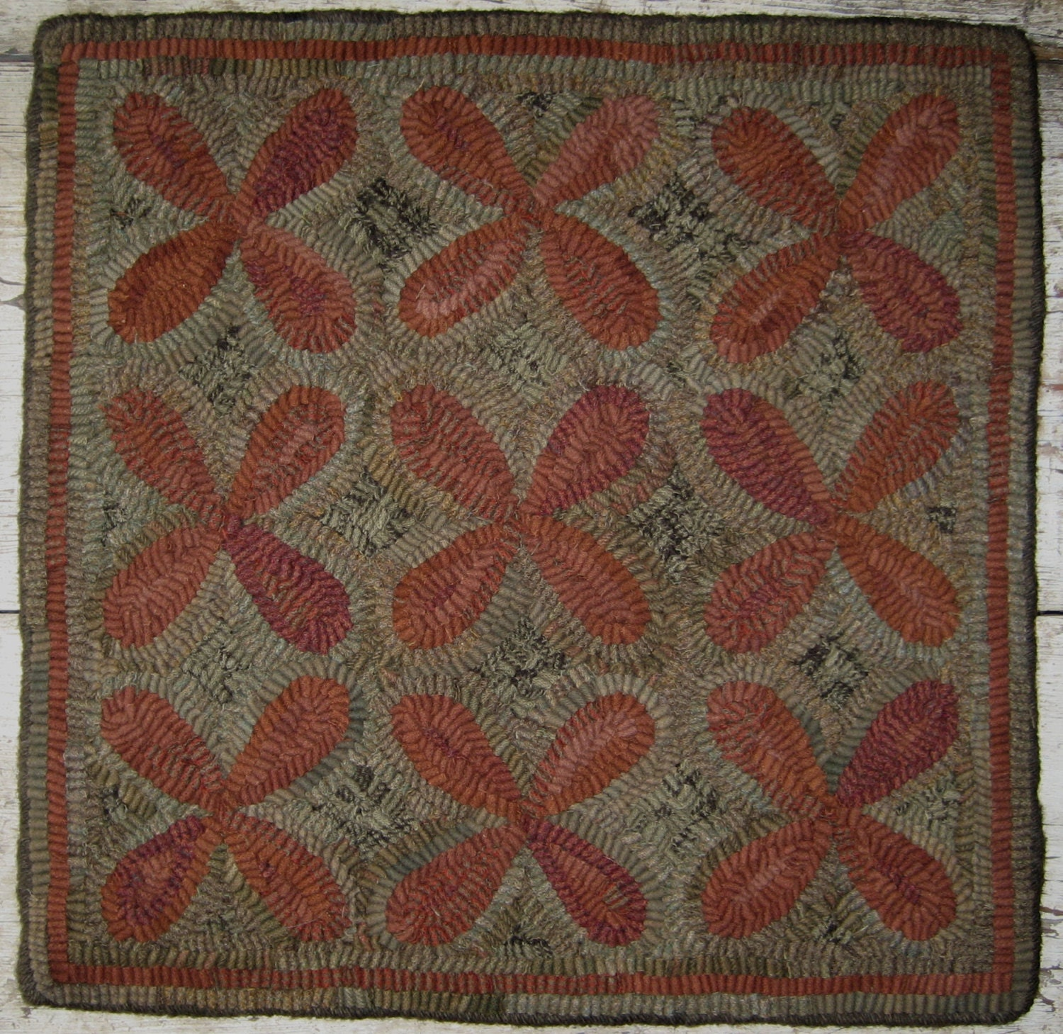 Primitive Rug Hooking Pattern-Clover Antique