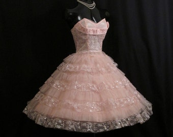 SALE Vintage 1950's 50s STRAPLESS Pink Silver Shelf Bust Taffeta Tulle Metallic Party Prom Wedding Bridal Dress Gown