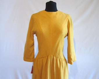 On Sale Suzy perette Gold Wiggle dress 1950s New old stock