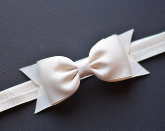 Ivory Bow Headband/ Ivory Baby Headband/ Ivory Baby Bow Headband/ Baby Hair Accessories/ Girls Hair Accessories/ Newborn Bow Headband/ Ivory