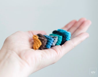 Wrapped Crocheted ring. Textile Jewelry. Choose your color.  Lightweight and adaptable to the finger. Eco frienly. Antiallergic.