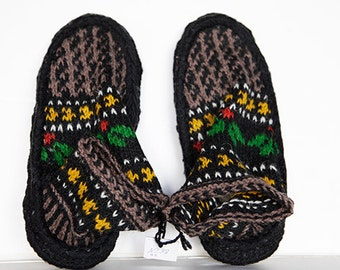 Hand Knit Wool Shoes Slippers, US size 5-8, Handmade, Hand Dyed, Winter Slippers, Birthday Gift, Warm Shoes, Kids Shoes, For Her, Colorful