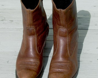 Vintage Texas Brown Above Ankle High Cowboy/Cowgirl Leather Boots - Size 9-D  -  Made in USA