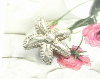Metal Buttons - Alpine Flowers Metal Buttons , Shiny Silver Color , Shank , 0.67 inch , 10 pcs