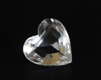 Vintage 18mm Clear Glass Faceted Heart Jewels, Glass Hearts, Quantity 1