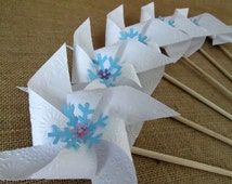 Disney Frozen Favors Paper Pinwheel Frozen Favors Winter Onederland Winter Favors Wedding Favors Snowflake Favors 1st Birthday Favors