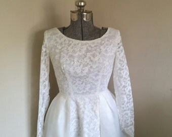 Stunning 1950's White Formal Dress Wedding Dress Vintage Wedding Dress Bridal