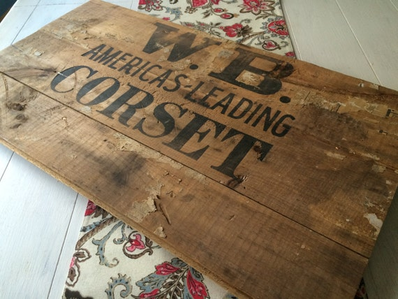 signe antique en bois des ann es 1900 corset signe enseigne. Black Bedroom Furniture Sets. Home Design Ideas