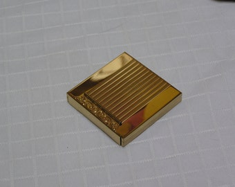 Vintage gold tone patent pending compact