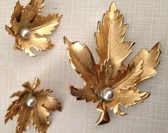 Vintage Giovanni  Brooch, Gold Tone, Earrings, Demi Parure, 1960s