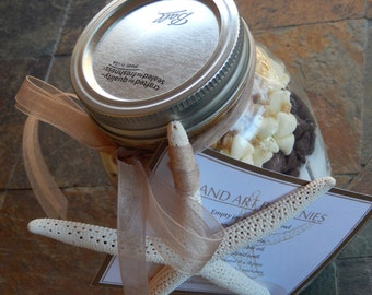 Sand Art Brownies - Gourmet Mix in a Ball Mason Jar - Beach Wedding Favor - Bridesmaid Gift - Cooking Party Favor - Teacher Gift - Brownies