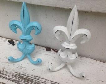 Fleur De Lis Wall Decor/ Wall Hook/ Shabby Chic Wall Decor/ HarDWAre IS inCLUded, Fleur De Lis Hook/ Cast Iron Hook