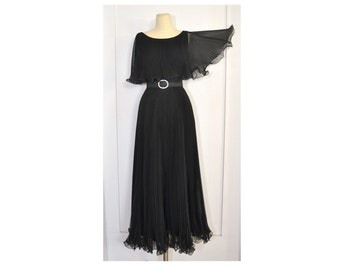 Vintage 1960's Evening Dress // Vintage 1960s Miss Elliette Black Pleated Gown