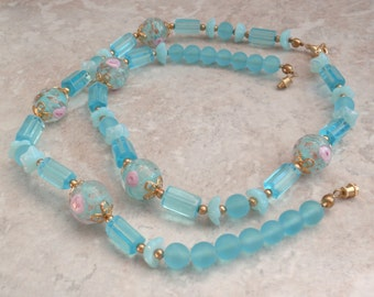 Aqua Glass Beads Wedding Cake Fiorato Floral Rose Unfinished Necklace Gold Tone Findings Dress Clip Brooch Display Vintage 091114SB