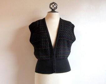 Vintage 1970s Knit Vest  Black Striped Knitted Sweater Vest Medium