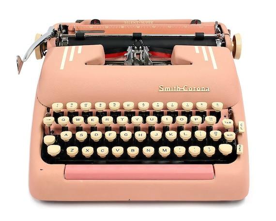 1955 pink smith corona silent super typewriter original case. Black Bedroom Furniture Sets. Home Design Ideas