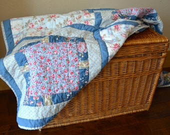 Quilted Throw, Cottage Chic Rose
