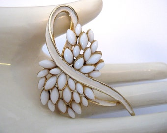 Vintage Signed ART Enamel and Milk Glass Brooch - Wedding Bridal Jewelry