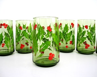 Vintage Christmas Tumbler Glass Set of Six Holly Berry Avocado Green Beverage Drinking