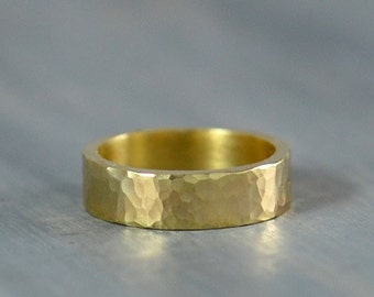 Hammered Mens Gold Wedding Band 5mm Flat Mens Wedding Ring in 14K Yellow Gold Rustic Wedding Bands for Men