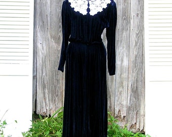 Blue Velvet Holiday Dress, Yuppie, 1980s, Size 10